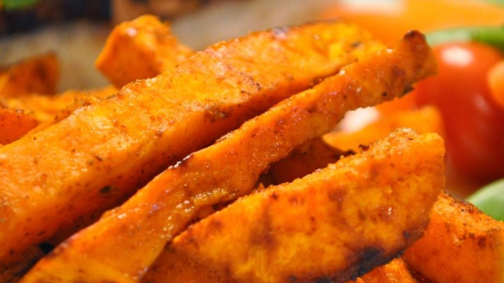 How To Make Spicy Baked Sweet Potato Fries