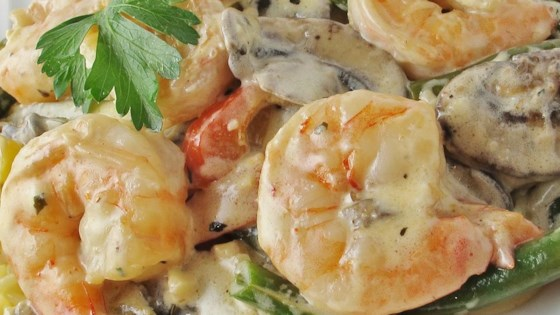 How To Make Shrimp and Mushroom Linguini with Creamy Cheese Herb Sauce