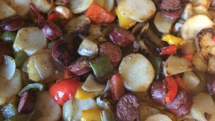Kielbasa with Peppers and Potatoes Recipe