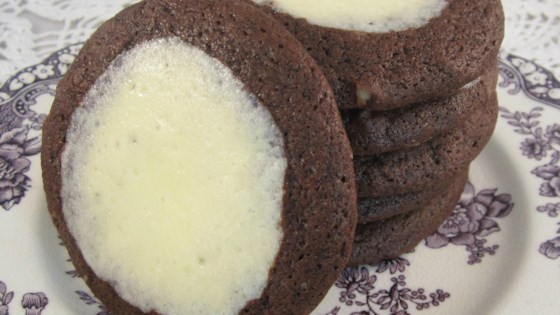 How To Make Chocolate-Cheesecake Cookies